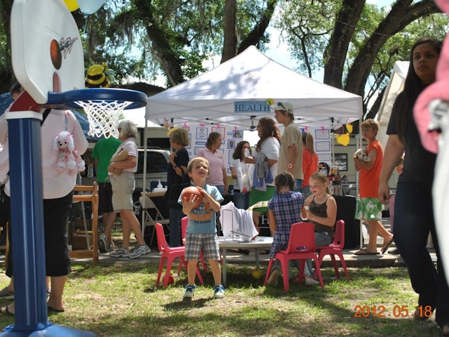 Slideshow photo 5 of 10 from the Tupelo Honey Festival